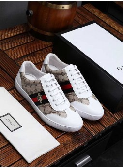 GUCCI EUROPEAN STATION SPORTS LITTLE BEE SNEAKERS