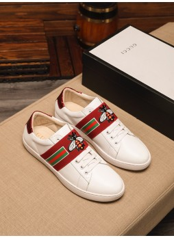GUCCI LIGHT AND BREATHABLE WILD EMBROIDERED LITTLE BEE SNEAKERS