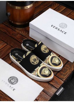 VERSACEEUROPE'S LOVE MEN MEDUSA QUEEN 2019 LEATHER EMBROIDERED SHOES WITH LOGO