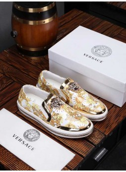 VERSACE EUROPE STATION MEDUSA BREATHABLE MALE LEATHER EMBROIDERY WITH LOGO